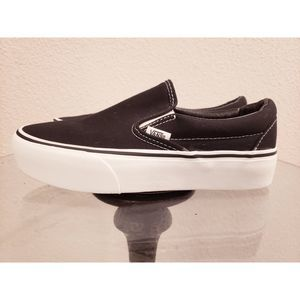 VANS Skateboard Slip-On Shoes Size 7 Black White